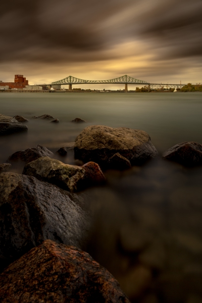 Ambiance automnale sur le fleuve