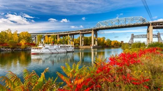 Couleurs d'automne au pont Mercier