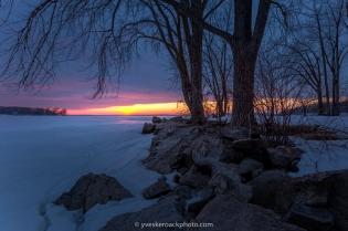 Anse-à-L'Orme, coucher de soleil sur le lac des Deux-Montagnes
