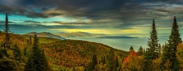 Charlevoix vu à partir du Massif en automne
